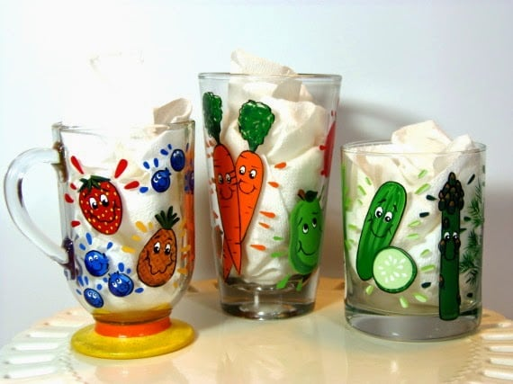Whimsical juicing and smoothie glasses via Kudos Kitchen By Renee