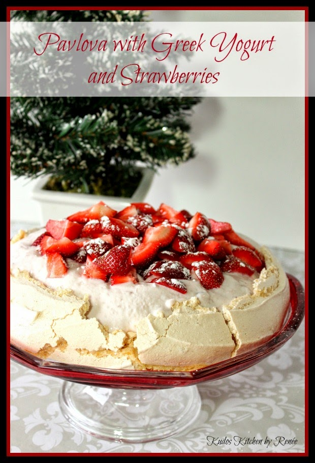 Pavlova with Greek Yorgurt and Strawberries Recipe