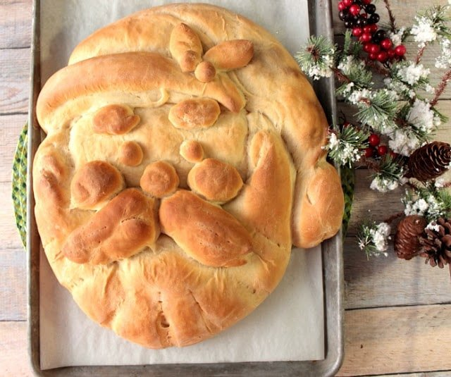 Ho! Ho! Ho! This tasty Charming Buttermilk Honey Shaped Santa Bread is as whimsical as he is delicious. With my easy to follow step-by-step instructions, he'll be on your holiday table in no time. - kudoskitchenbyrenee.com