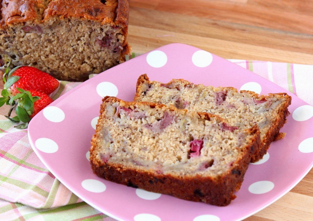Super Easy Strawberry Bread with Rhubarb and Bananas Recipe - kudoskitchenbyrenee.com