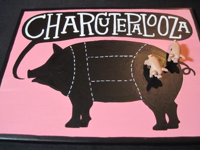 Piggy trivet