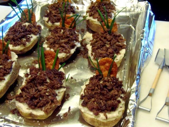 How to make Twice Baked Idaho® Potato Graves / www.kudoskitchenbyrenee.com