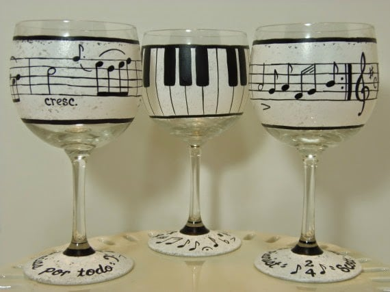 Music Lovers Painted Wine Glasses - kudoskitchenbyrenee.com
