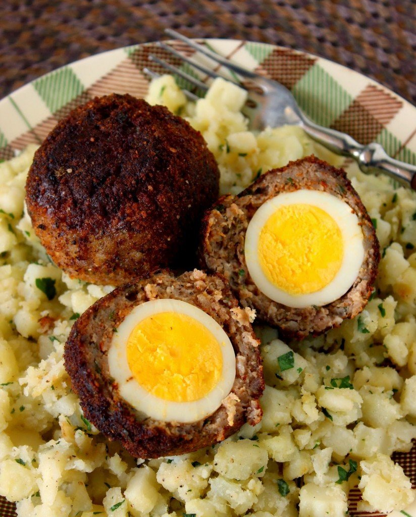 https://www.kudoskitchenbyrenee.com///2014/04/scotch-eggs-for-src.html
