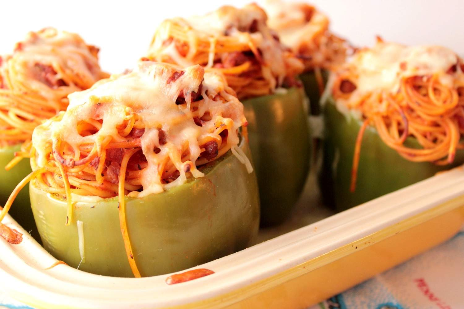 Bell Peppers Stuffed with Spaghetti