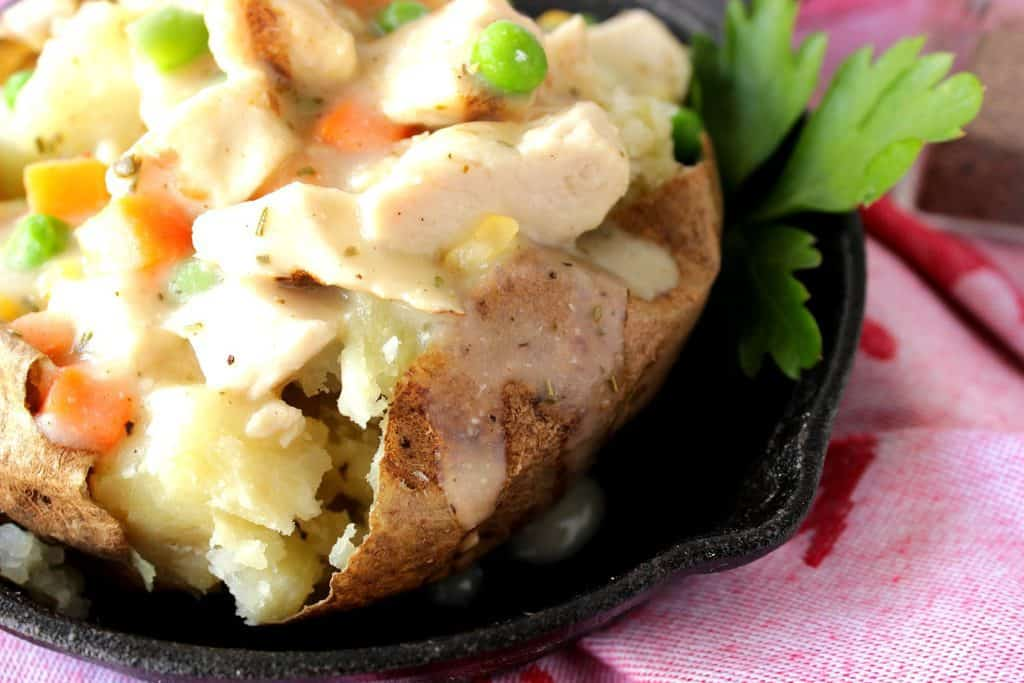 Closeup picture of Baked Chicken Pot Potato