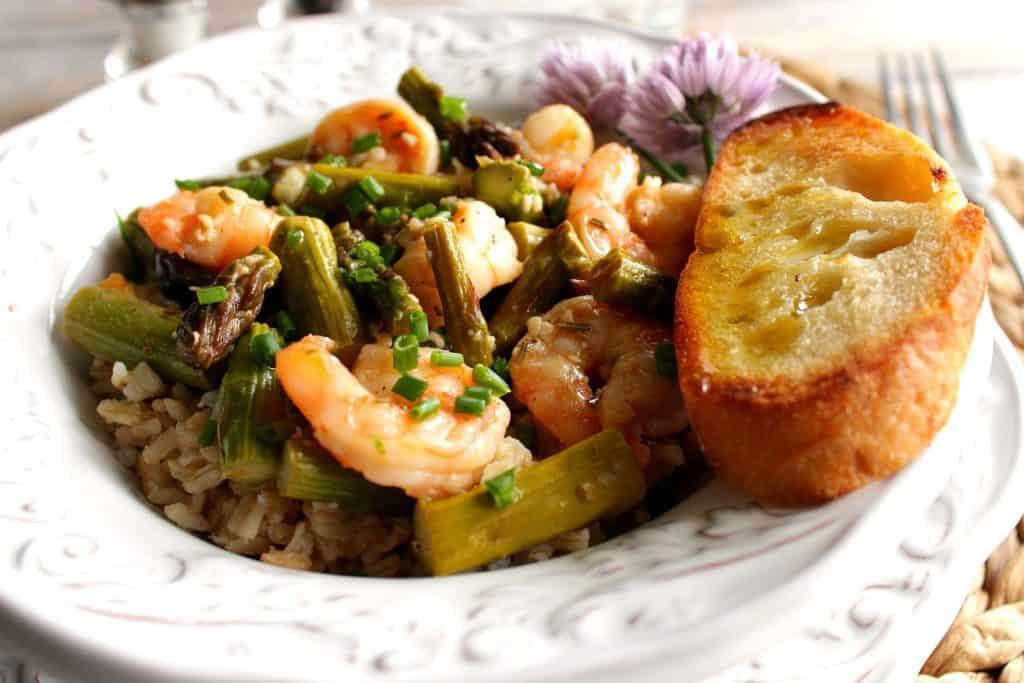 Saucy Shrimp and Asparagus Main Course