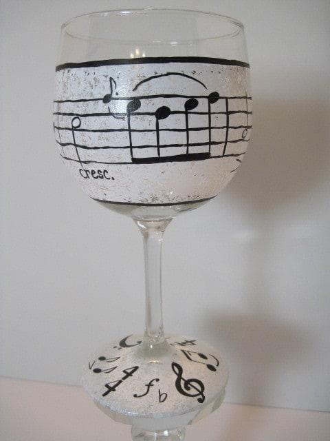 Music Lovers hand painted wine glass - www.kudoskitchenbyrenee.wazala.com