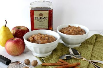 Slow Cooker Homestyle Apple Pear Sauce with Amaretto