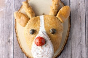 Rudolph the Bread-Nosed Reindeer