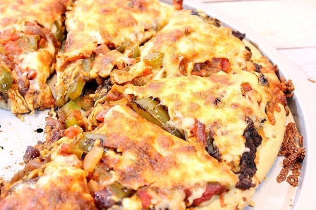 Chicken Fajita Pizza | Kudos Kitchen by Renee