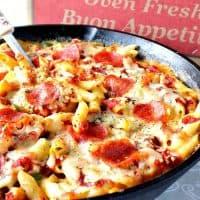 Easy Weeknight Pepperoni Pizza Macaroni & Cheese