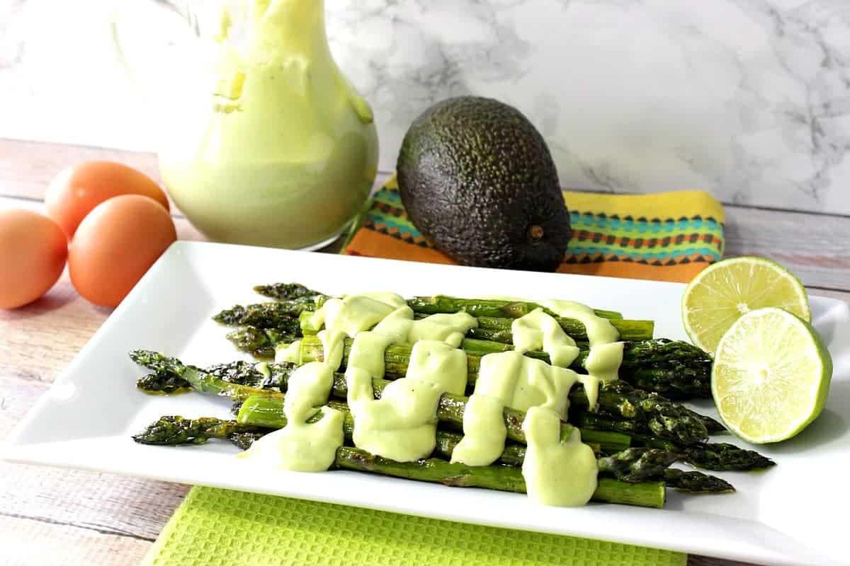Creamy Avocado Hollandaise Sauce with Oven Roasted Asparagus