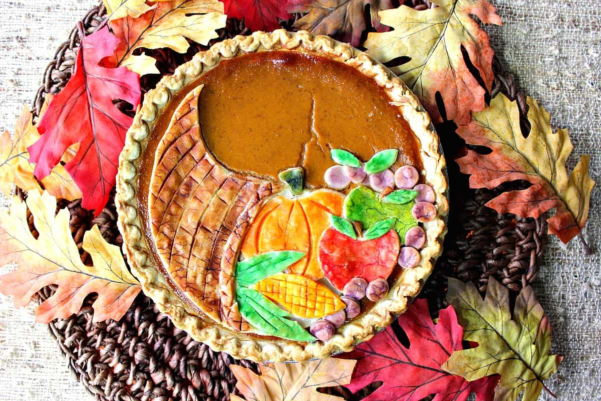 Fresive Cornucopia Crusted Pumpkin Pie For Thanksgiving