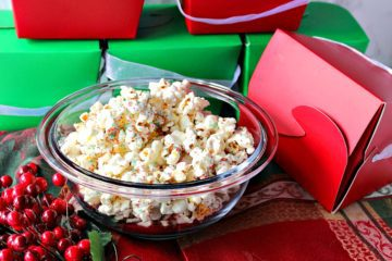 Easy Delicious White Chocolate Christmas Popcorn for Gift Giving