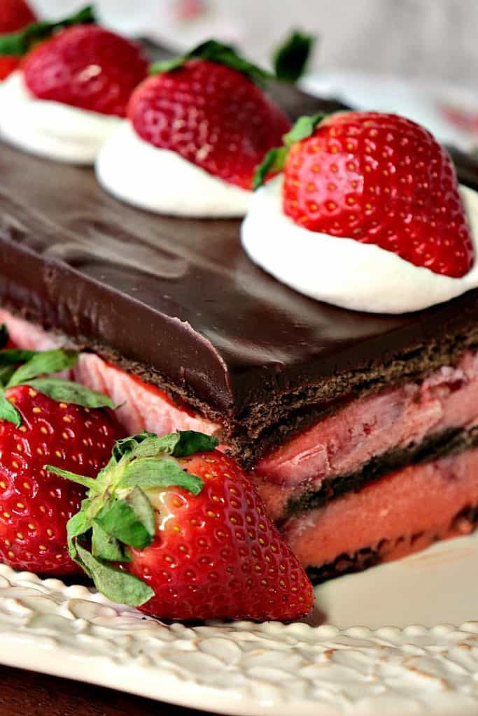 No Bake Chocolate Strawberry Pudding Cake is an easy and impressive dessert which features in-season fresh and juicy Florida grown strawberries.- www.kudoskitchenbyrenee.com