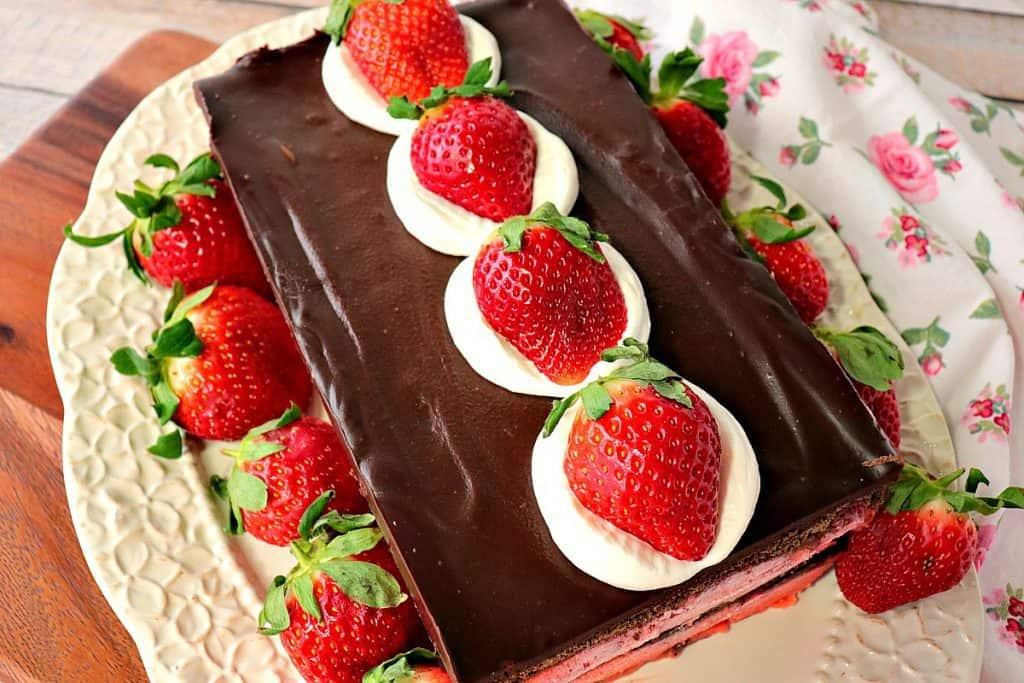 No Bake Layered Chocolate Strawberry Pudding Cake with Whipped Cream and Fresh Strawberries - www.kudoskitchenbyrenee.com