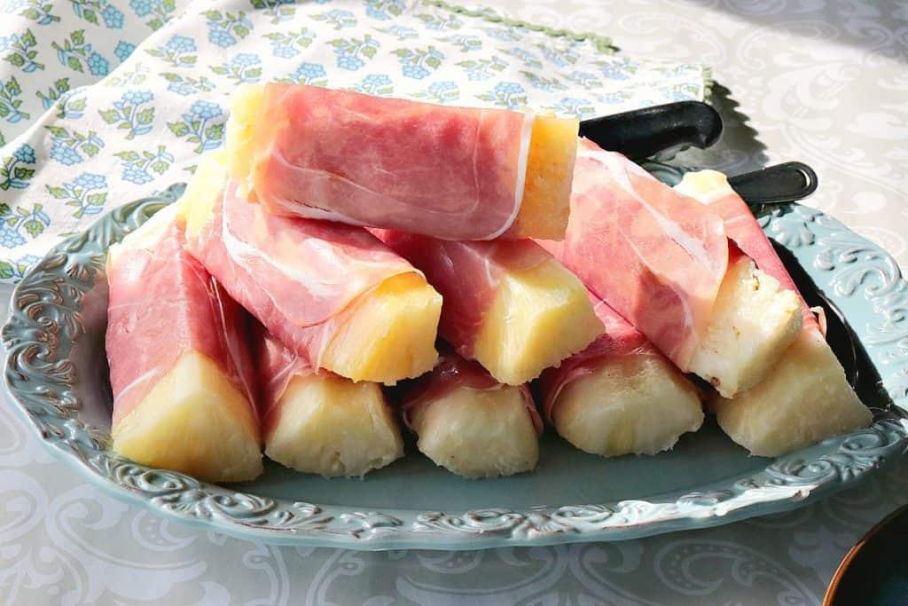 Sweet & Savory Prosciutto Wrapped Pineapple Spears - www.kudoskitchenbyrenee.com