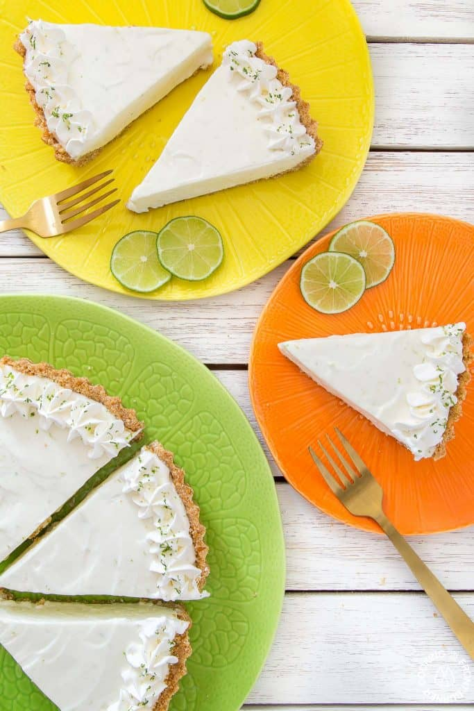 Mother's Day Desserts Recipe Roundup for Friday's Featured Foodie Feastings - www.kudoskitchenbyrenee.com