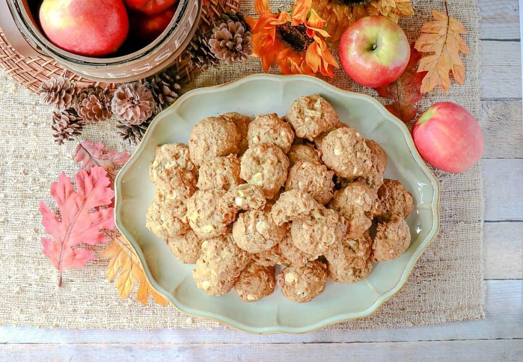 Soft & Chewy Apple Oatmeal Cookies with White Chocolate & Pecans recipe - kudoskitchenbyrenee.com