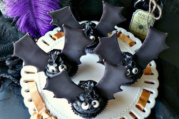 Royal Icing Bat Wing Cupcakes