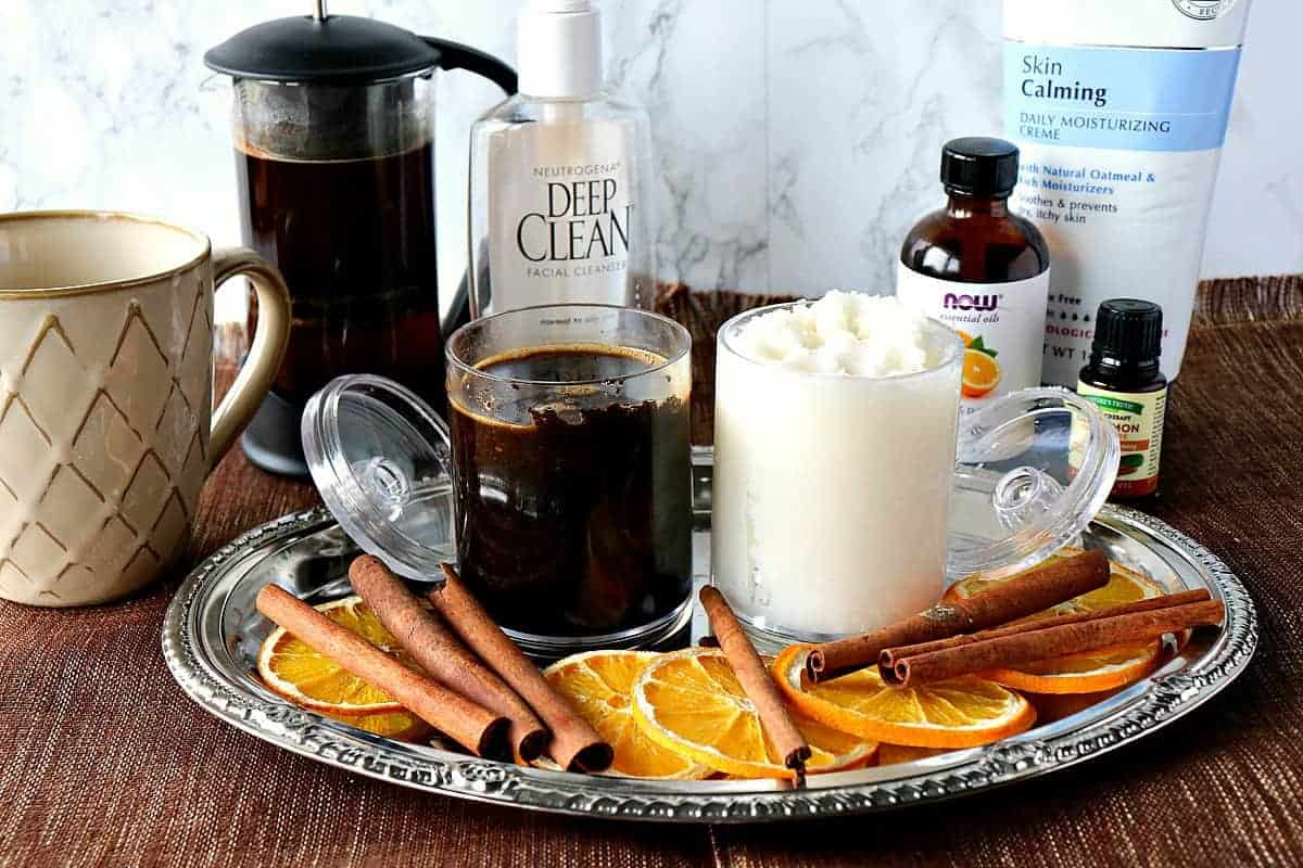 Homemade Coffee Exfoliant & Coconut Oil Moisturizer - kudoskitchenbyrenee.com @kudoskitchen