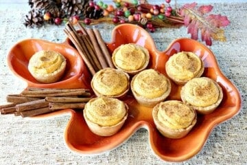 Pumpkin Cheesecake Tartlets with a Cookie Crust