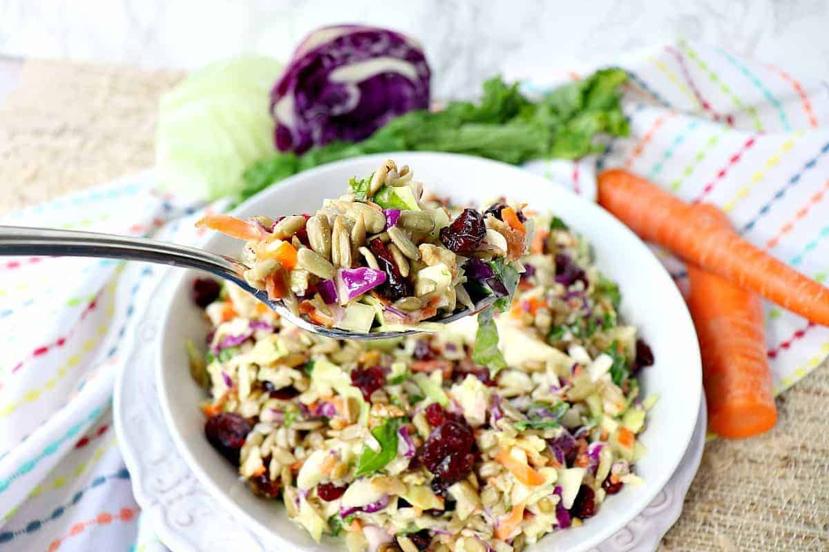 Sunflower Crunch Kale Cabbage Salad - kudoskitchenbyrnee.com @kudoskitchen