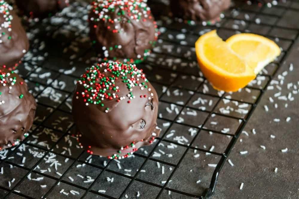 Homemade candy recipe roundup image.