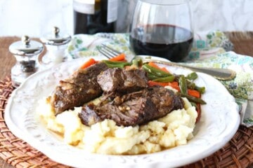 Oven Braised Short Ribs with Bacon and Red Wine