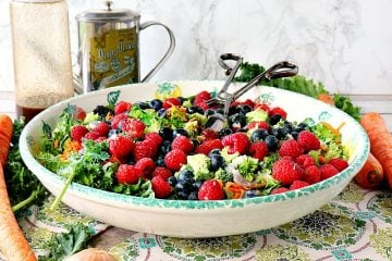 Healthy Rubbed Kale Salad with Fresh Berries